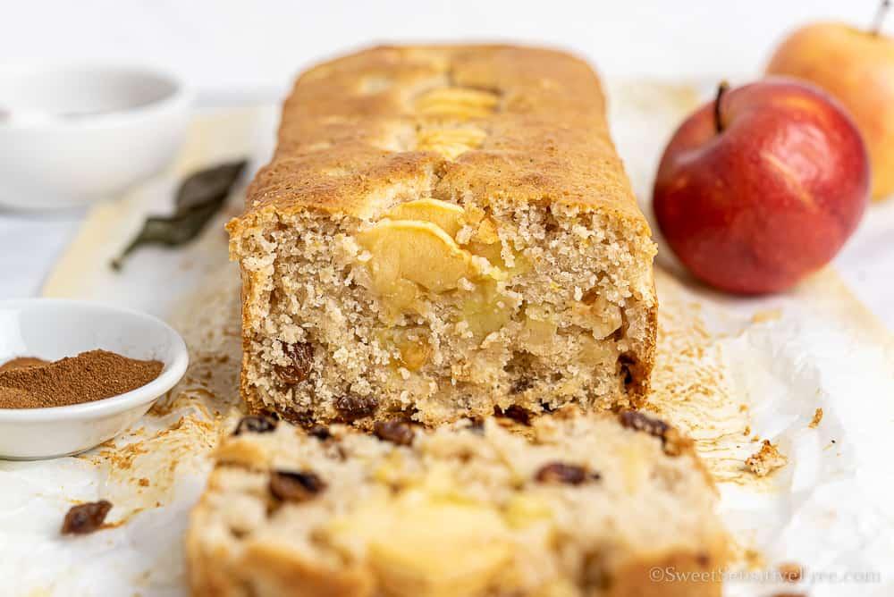 gluten free apple load cake with raisins
