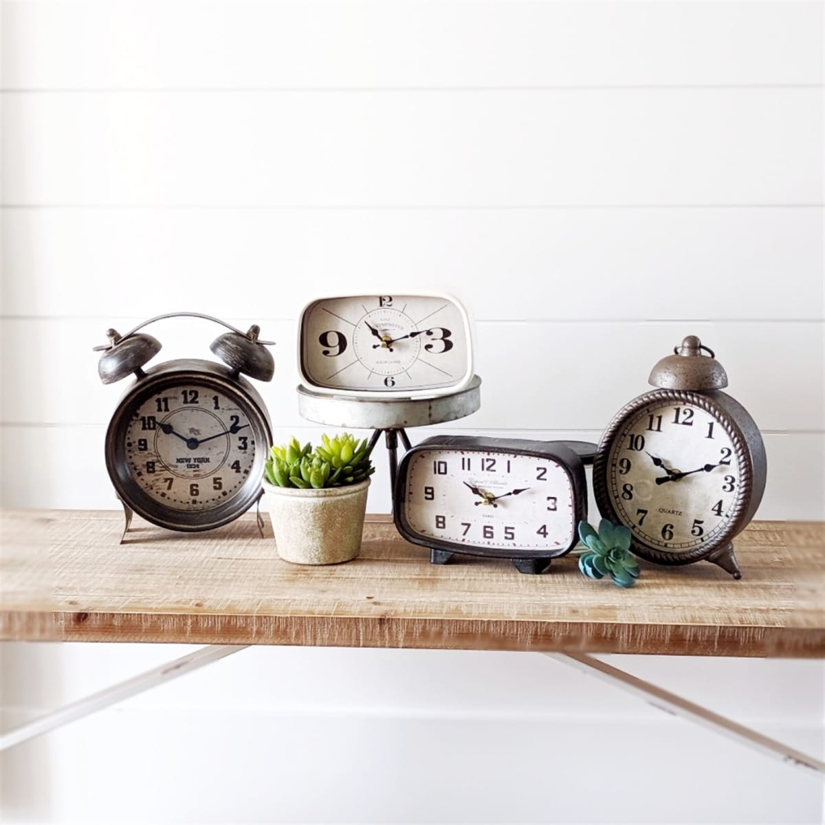 Tabletop Clock Collection   Free Shipping