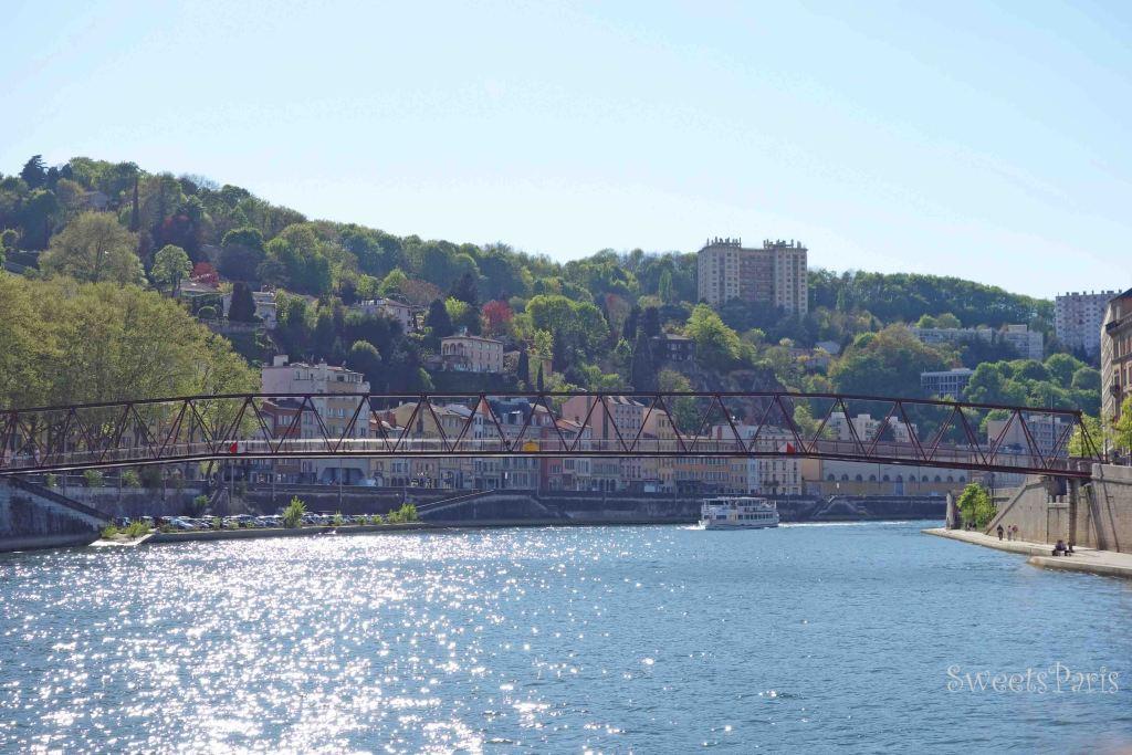 リヨンを船で散歩してみた! ソーヌ河クルージング シティボート LYON CITY BOAT