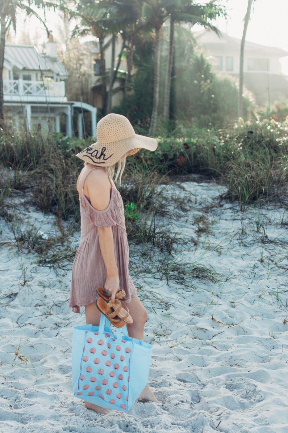 DIY sun hat on Jenny of Sweet Teal