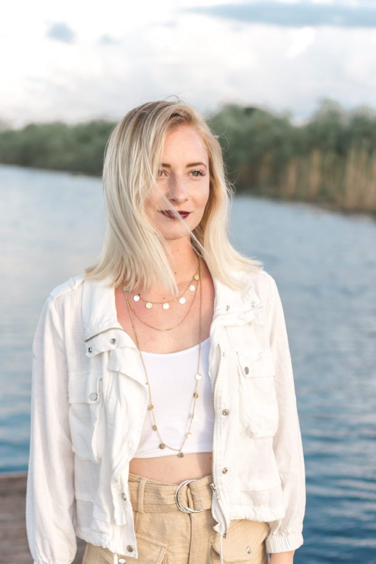 Jenny Bess wearing Moon River & Free People - Sweet Teal