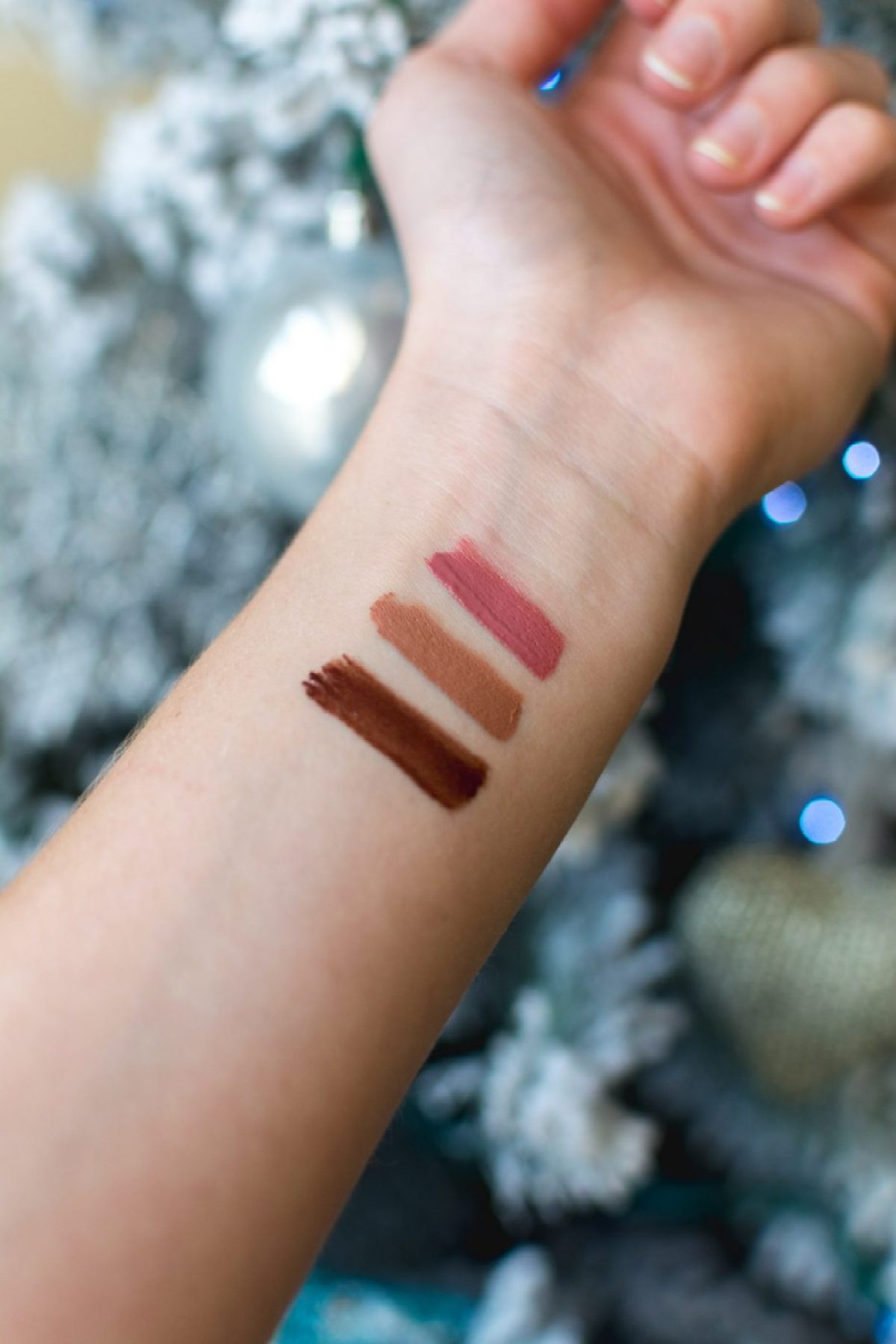 L'Oreal Infallible Paints Swatches - Sweet Teal