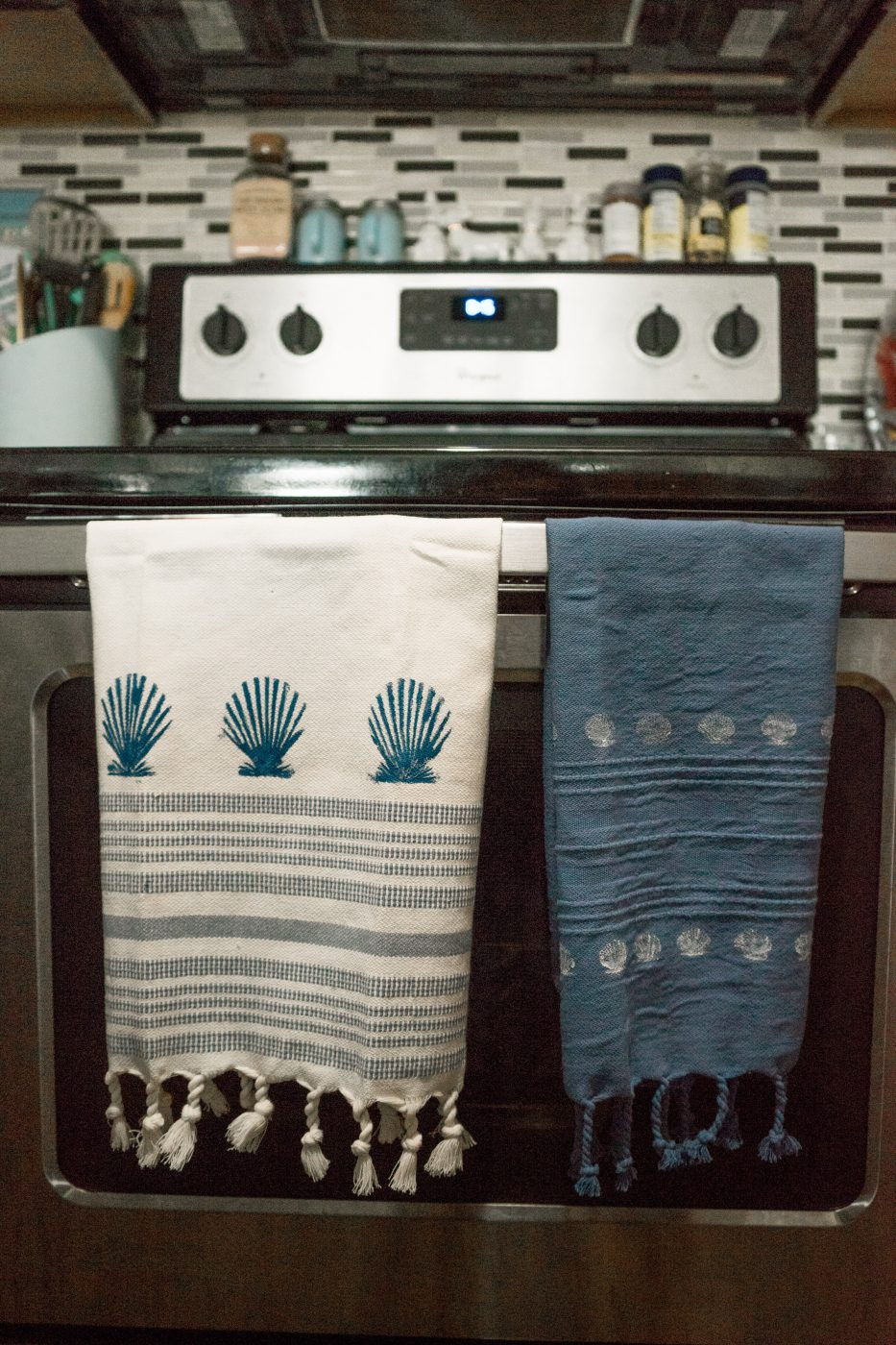 DIY Seashell Stamped Kitchen Towels