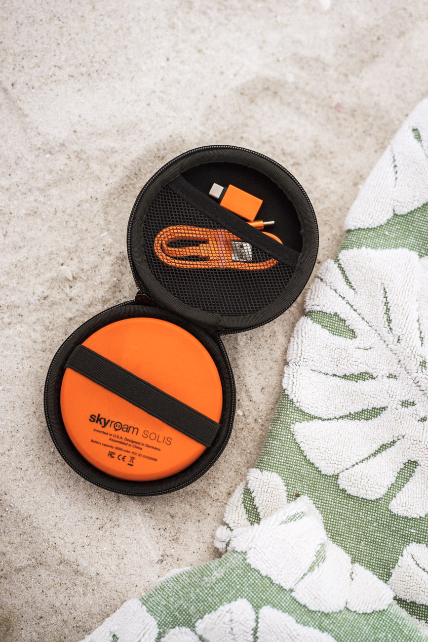 Skyroam Solis portable wifi - travel products
