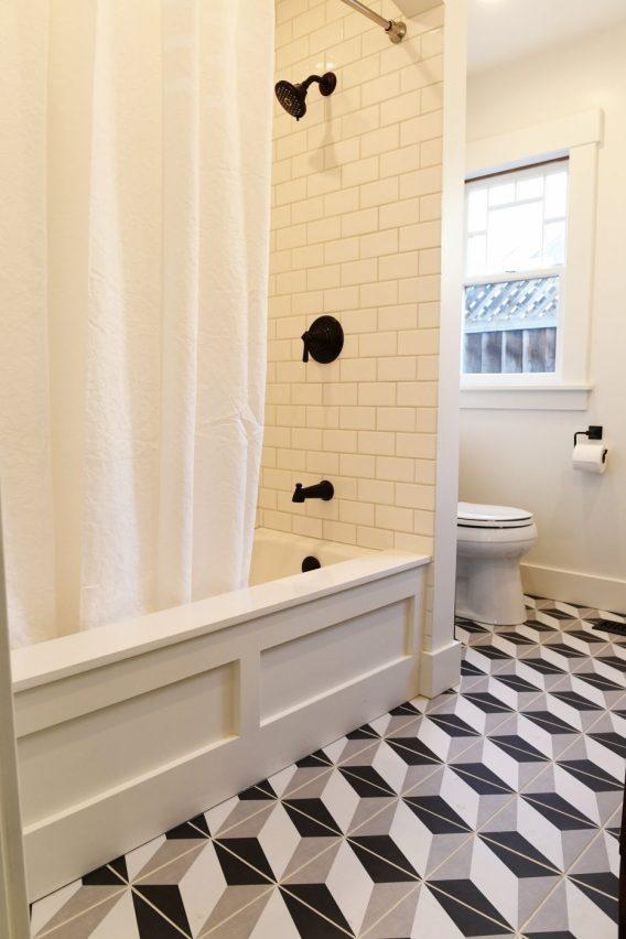 Inexpensive Tub Paneling - Make Your Home Look Like A Million Bucks