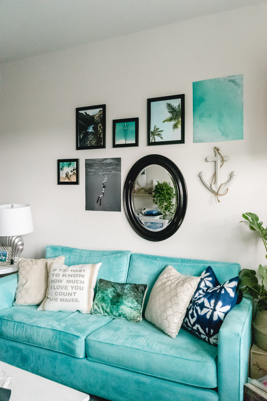 Gallery Wall by Jenny of Sweet Teal - Velcro Brand HANGables
