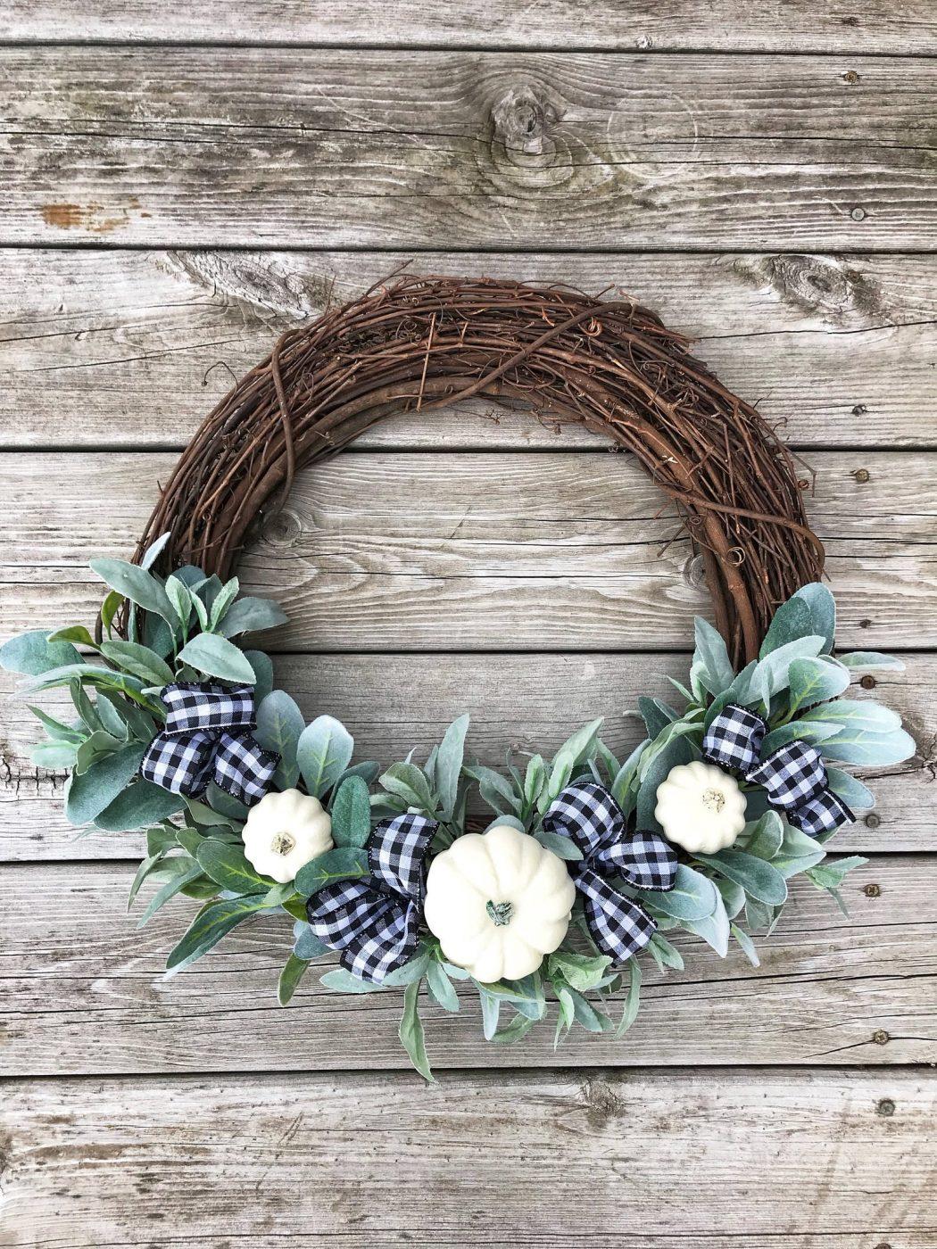 White pumpkin wreath idea