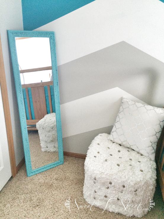 Mirror dressing area