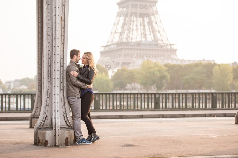 Paris Baby Announcement | www.sweetteasweetie.com