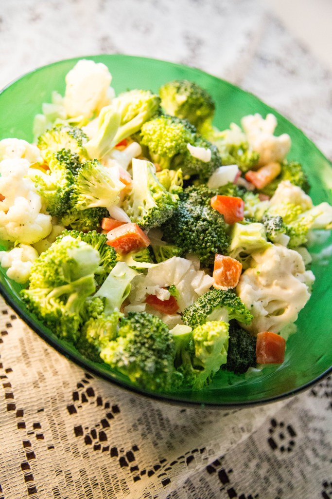 Broccoli Cauliflower Veggie Salad | www.sweetteasweetie.com