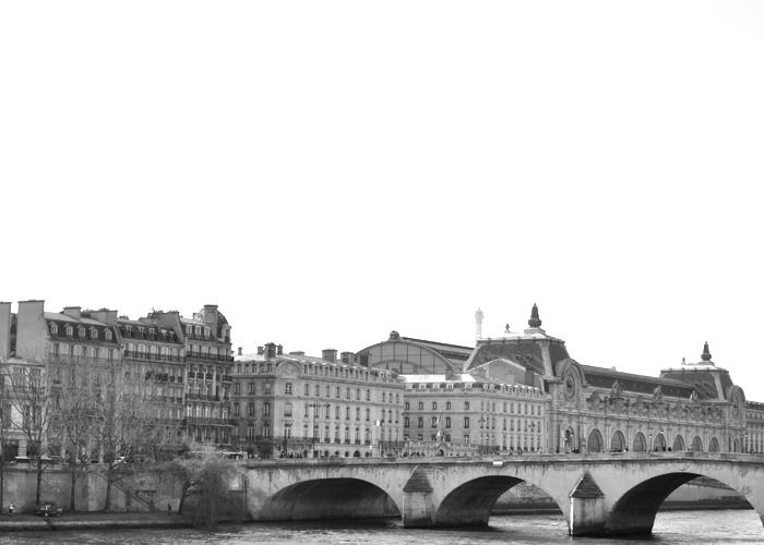 Seine River Paris, France www.sweetteasweetie.com