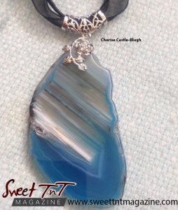 Beautiful Agate Gem designed by Cherise Castle-Blugh in sweet T&T for Sweet TnT Magazine, Culturama Publishing Company, for news in Trinidad, in Port of Spain, Trinidad and Tobago, with positive how to photography.