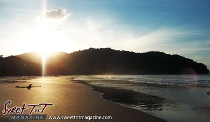 Las Cuevas sunset in sweet T&T for Sweet TnT Magazine, Culturama Publishing Company, for news in Trinidad, in Port of Spain, Trinidad and Tobago, with positive how to photography.
