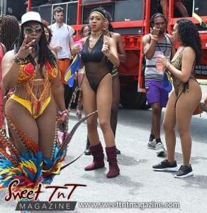 Trinidad and Tobago Carnival Masqueraders on Tragarete Road on Monday, Carnival 2017 in sweet T&T for Sweet TnT Magazine, Culturama Publishing Company, for news in Trinidad, in Port of Spain, Trinidad and Tobago, with positive how to photography.