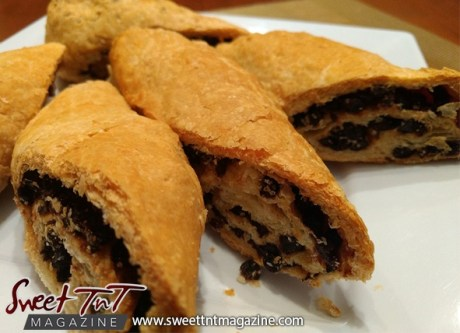 Currants roll recipe in Sweet TnT Magazine, Trinidad and Tobago.