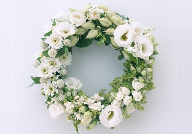 white wedding wreath