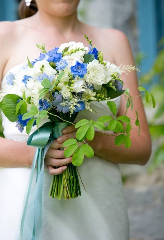 blue white green bridal bouquet