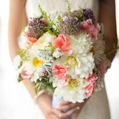 Hidden Meadows Farm Wedding  {Genesa Richards Photography}