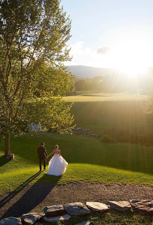 Vermont Country Chic Barn Wedding {Ember Photography} 17