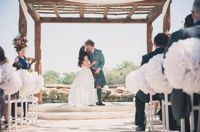 Music-Themed Scottish Wedding in Texas {Rememory Photography} 8