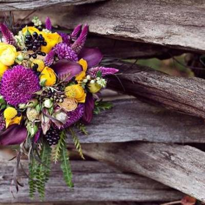 'Meant to Bee' Autumn Wedding Style {Lis Photography}