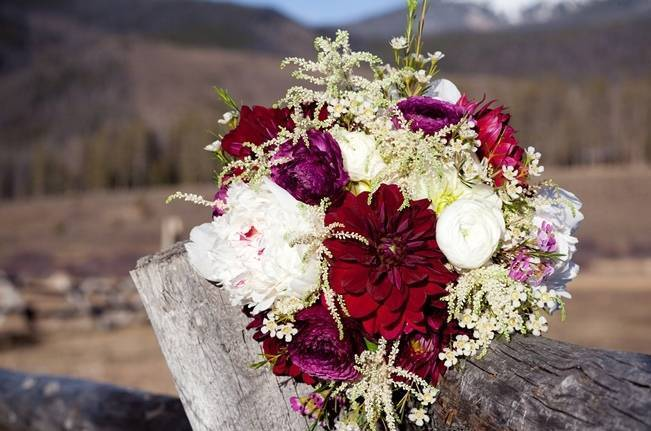Woodsy Colorado Mountain Wedding {Karen High Photography} 1