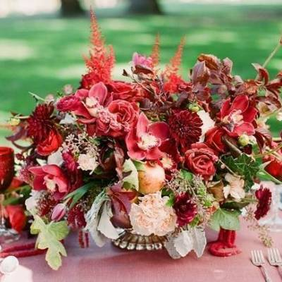Elegant Red Alfresco Wedding Inspiration {Carmen Santorelli}