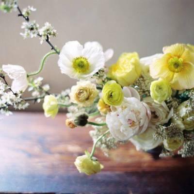 Spring Wedding Centerpieces We Love