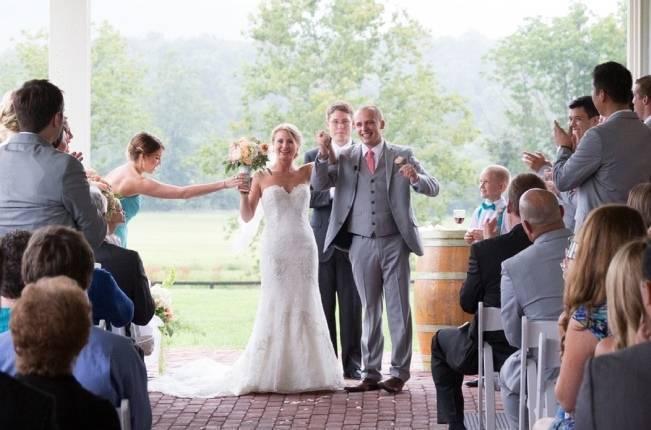 Sweet Vineyard Wedding in Virginia {Gayle Driver Photography} 14