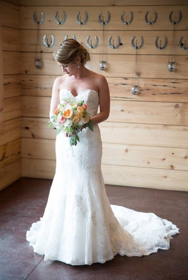 Sweet Vineyard Wedding in Virginia {Gayle Driver Photography} 7