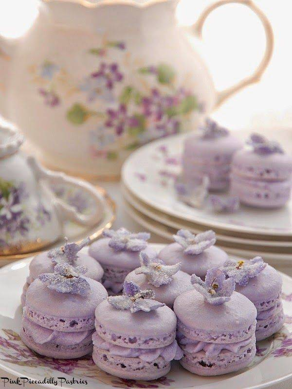 Prettiest Purple Cakes 13 - french lavender violet macarons