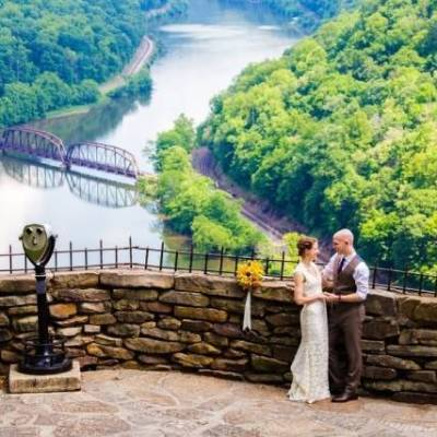 Nature Inspired Wedding at Hawk's Nest State Park WV