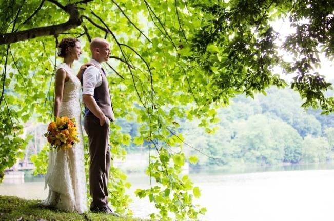 Nature Inspired wedding at Hawk's Nest State Park {Melissa Perella Photography} 15