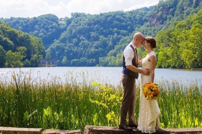 Nature Inspired wedding at Hawk's Nest State Park {Melissa Perella Photography} 17