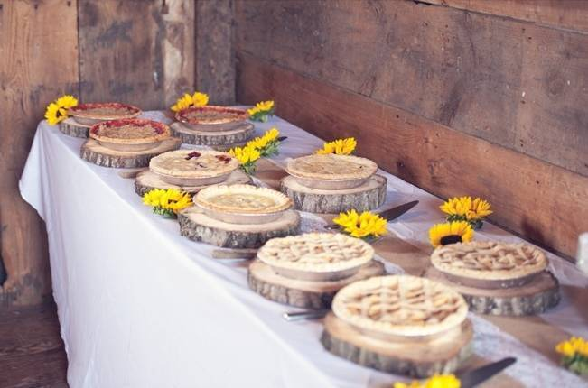 Rustic Pennsylvania Sunflower Wedding at Friedman Farms 21