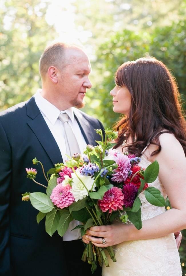 Beautiful Outdoor Oregon Wedding Reception at Ron's Pond {Kel Ward Photography} 13