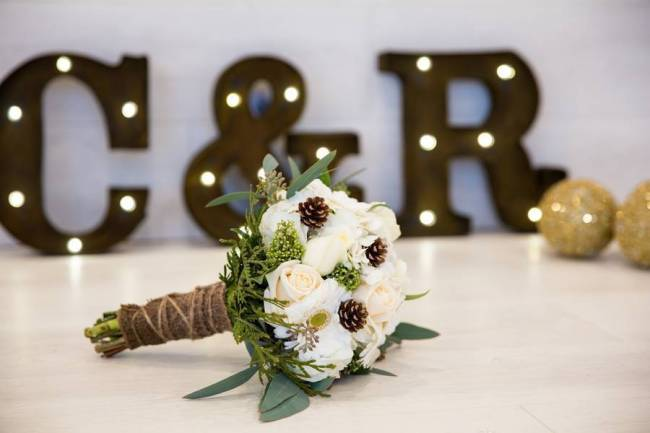 New Years Styled Wedding Inspiration {Joanna Moss Photography} 8.5