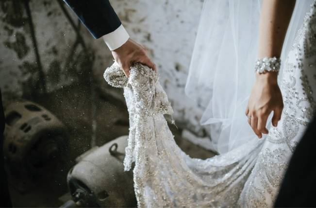Anna Campbell's Intimate Rustic Wedding 30
