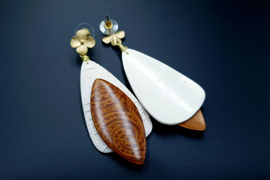 Elegance and Simplicity Earrings 09