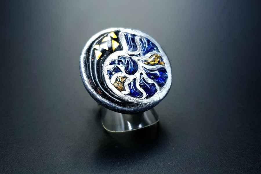 Fossilized Treasure Ring 05
