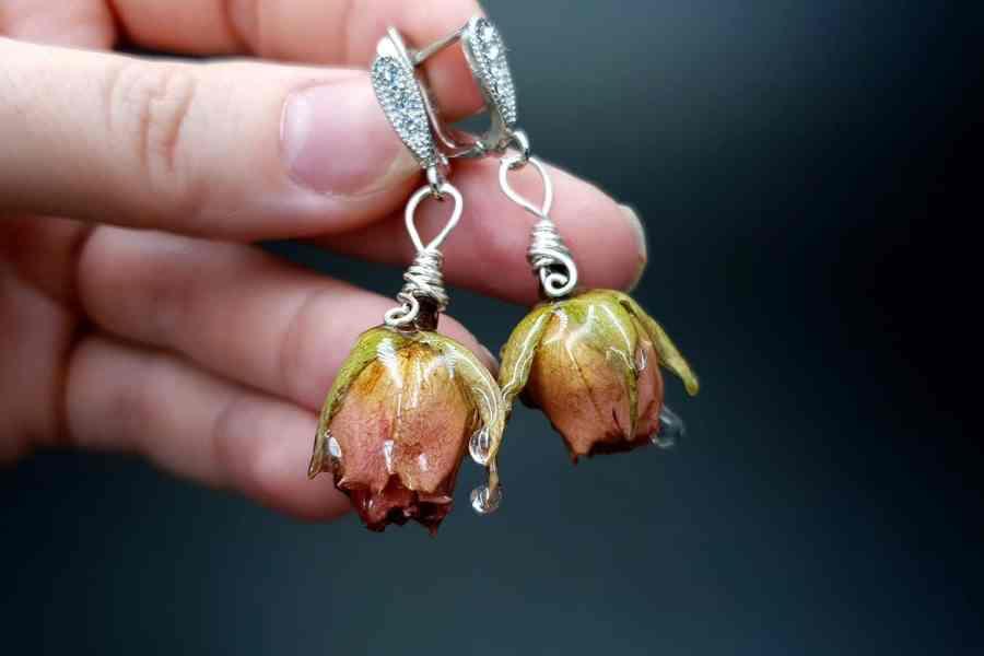 Frozen Roses Earrings 05