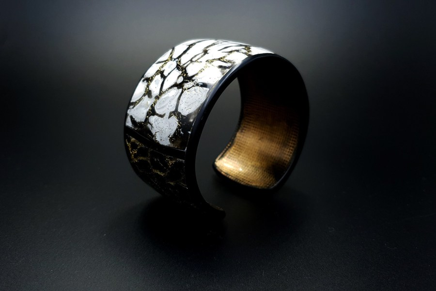 Product Cracked Marble Bracelet Cuff 04