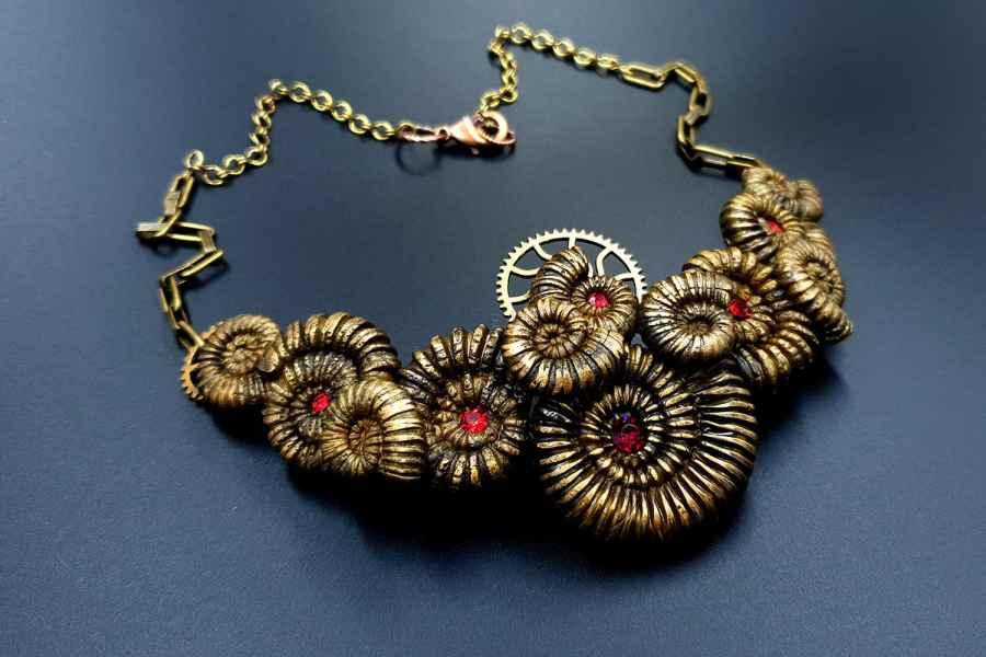 Product Focilizes Treasure Necklace 01
