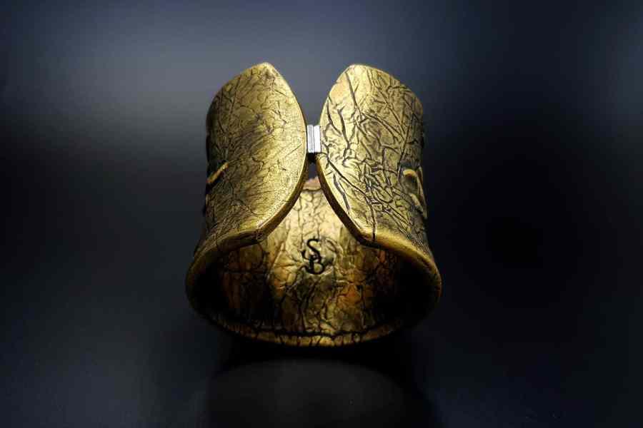 Product Goddess Face Bracelet Cuff 03