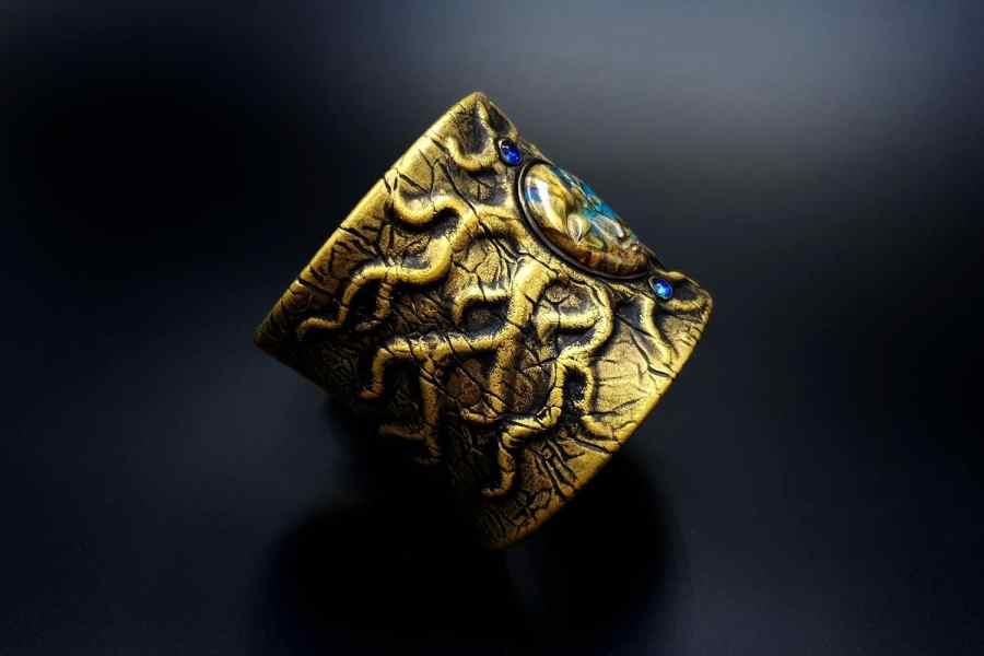 Product Goddess Face Bracelet Cuff 05