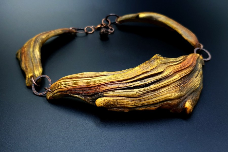 Product River Wood Necklace 06