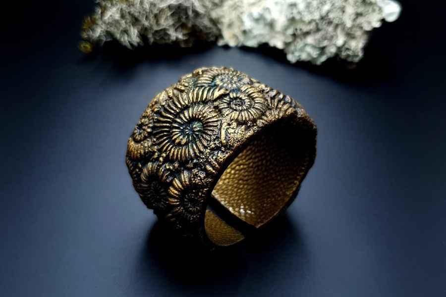 Bracelet Cuff Ammonites img03