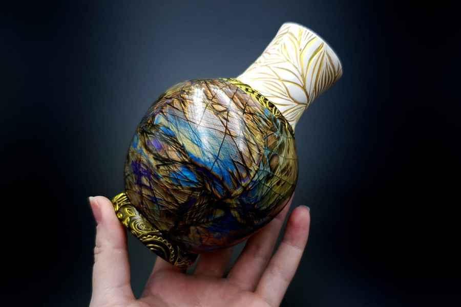 Labradorite Vase1 p08