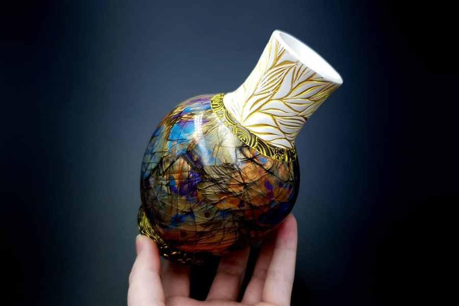 Labradorite Vase1 p13