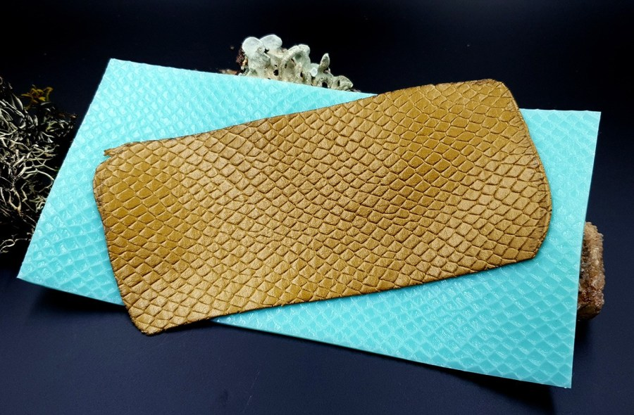 Silicone Texture Snake Skin Leather - 190x100mm 1